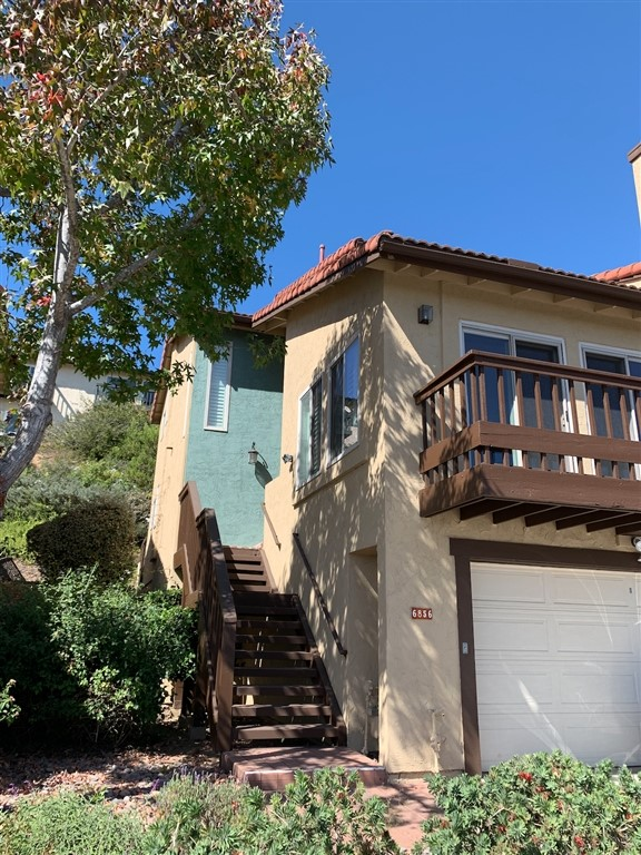 6856 Camino Berdecio, San Diego, CA 92111
