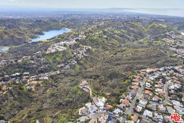 Photo of Senderos Canyon, Los Angeles, CA 90077