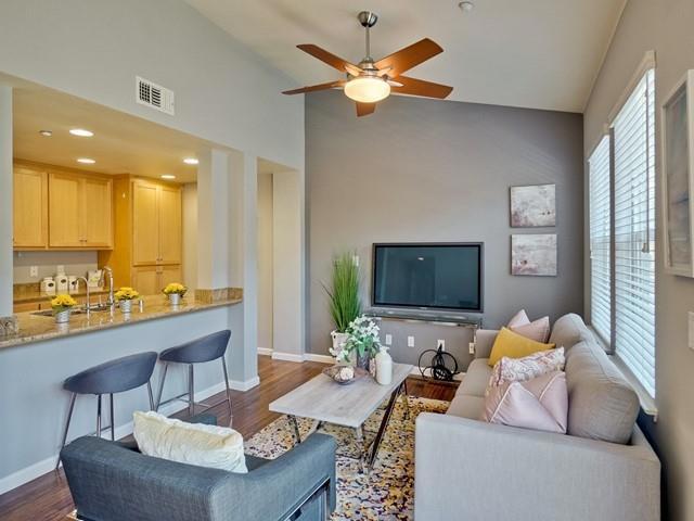 1035 Scotia Terrace 303, Sunnyvale, CA 94089