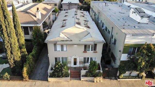 6224 De Longpre Avenue, Los Angeles CA: https://media.crmls.org/mediaz/F62D0FD3-3E5A-40D9-AFF3-A3C9A2D15C8E.jpg