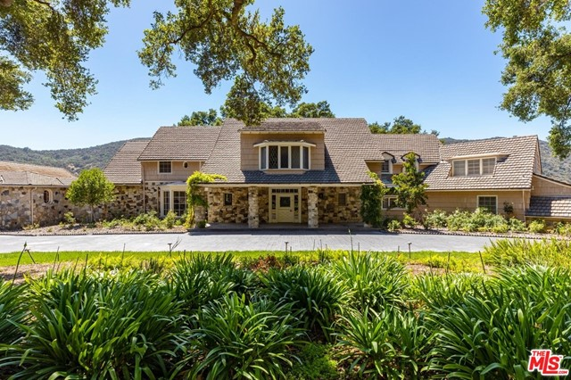3100 MANDEVILLE CANYON Road, Los Angeles CA: https://media.crmls.org/mediaz/F63E468D-87E2-4BE0-B8FB-E847D15AE15E.jpg