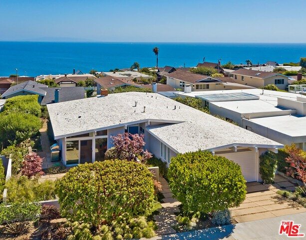 18410 KINGSPORT Drive, Malibu, CA 90265