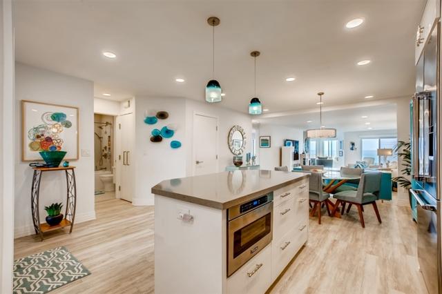 233 S Helix Avenue 12, Solana Beach, CA 92075