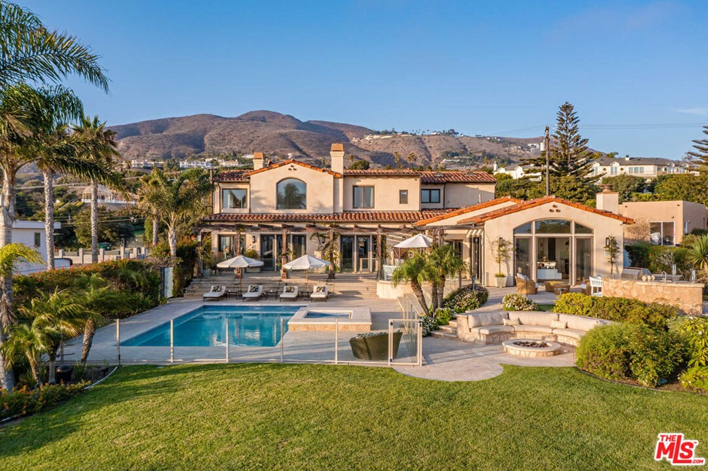 30532     Morning View Drive, Malibu CA 90265