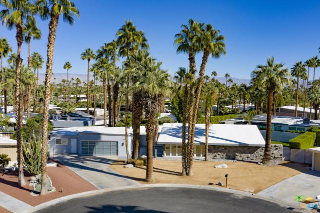 1850 S Aquanetta Circle, Palm Springs, CA 92264