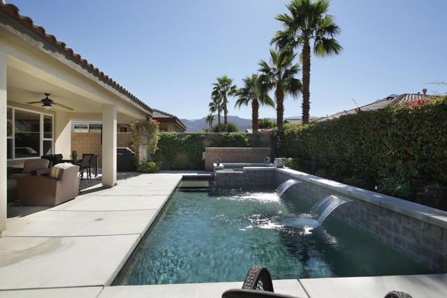 Image 28 of 61065 Living Stone Dr, La Quinta, CA 92253