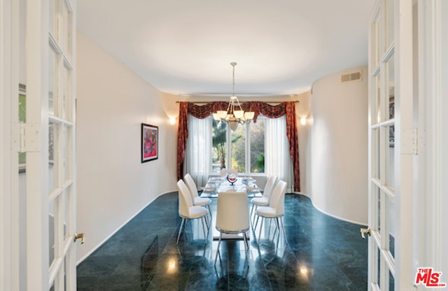 Image 8 of 3656 Multiview Dr, Los Angeles, CA 90068