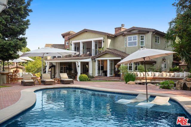 8115 Mulholland Terrace, Los Angeles, CA 90046