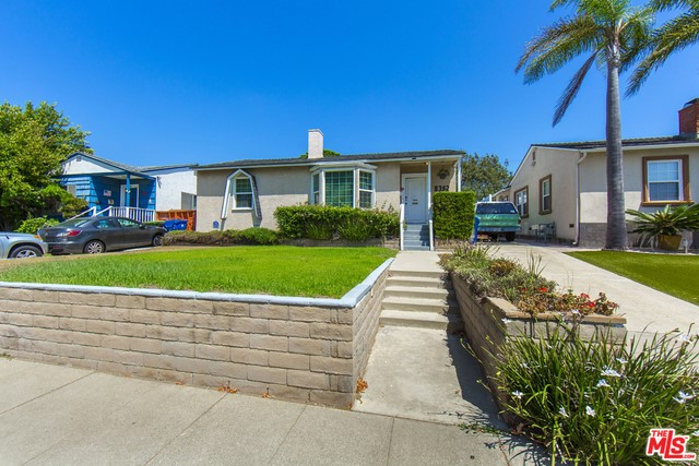 8352 CHASE Avenue, Los Angeles, CA 90045
