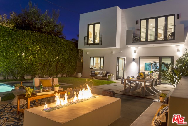 407 WESTBOURNE Drive, West Hollywood, CA 90048