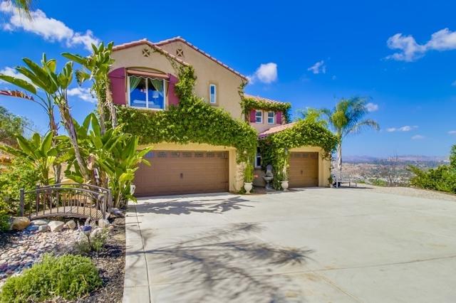 11569 Canyon Park Dr, Santee, CA 92071