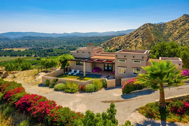 Photo of 2000 Gridley Road, Ojai, CA 93023