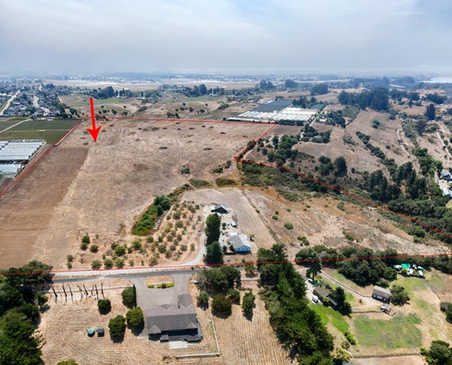 377 Calabasas Road, Watsonville, CA 95076