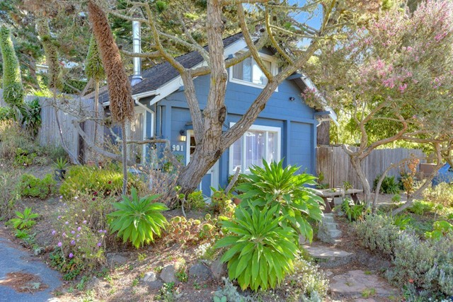 901 Etheldore Street, Outside Area (Inside Ca), CA 94038