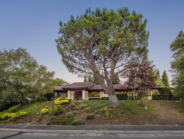 110 Stonepine Road, Hillsborough, CA 94010