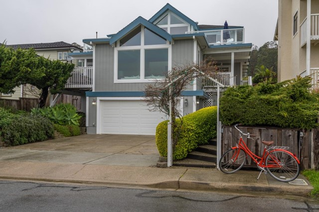 655 Santiago Avenue, Half Moon Bay, CA 94019