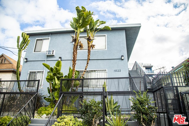 1022 CATALINA Street, Los Angeles, California 90006, ,Residential Income,For Sale,CATALINA,20543946