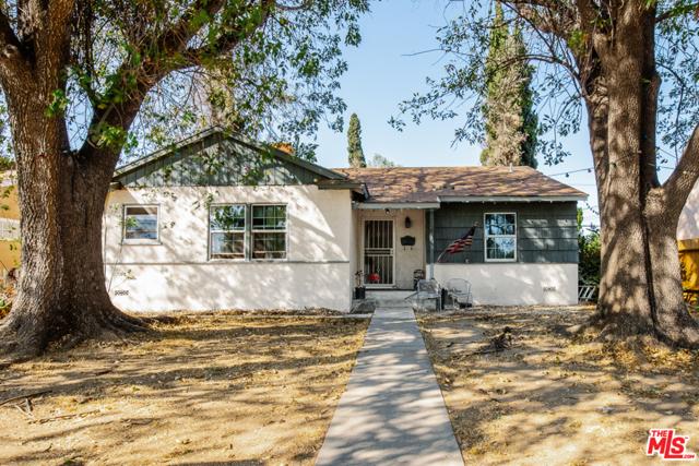 Photo of 15905 San Fernando Mission Boulevard, Granada Hills, CA 91344