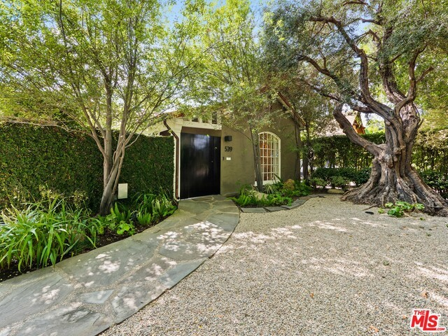 539 WESTMOUNT Drive, West Hollywood, CA 90048