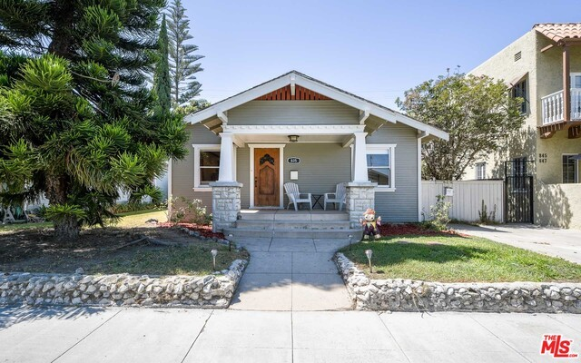 835 NEWPORT Avenue, Long Beach, CA 90804