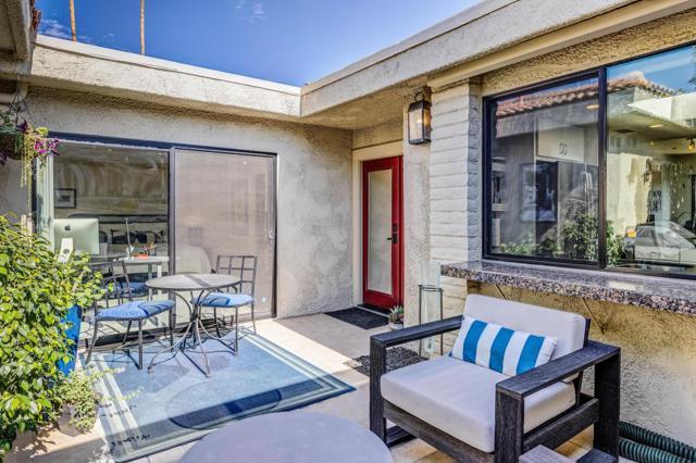 12. 2376 Oakcrest Drive Palm Springs, CA 92264