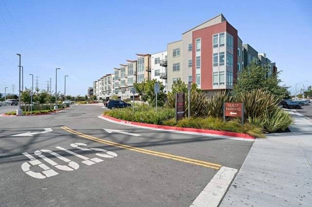 400 Mariners Island Boulevard 112, San Mateo, CA 94404