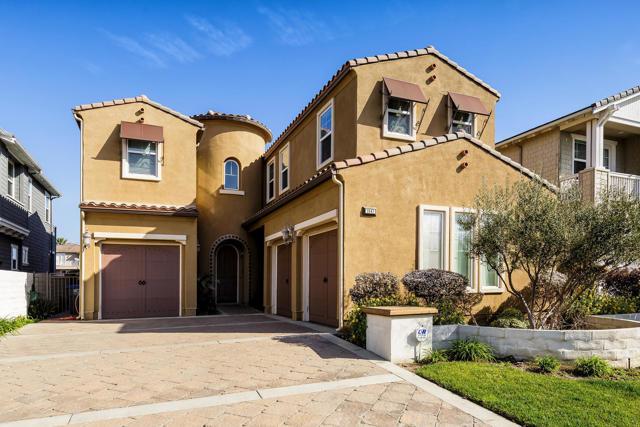 Photo of 3947 W Hemlock Street, Oxnard, CA 93035