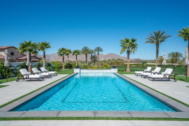 81552 Ronda Drive, La Quinta, CA 92253