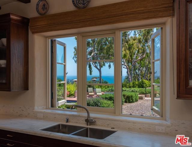 Image 23 of 296 Las Entradas Dr, Santa Barbara, CA 93108