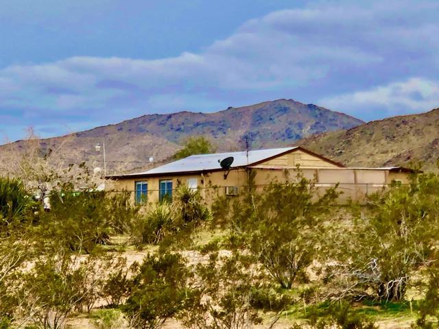 2316 Wamego Trail, Landers, CA 92285