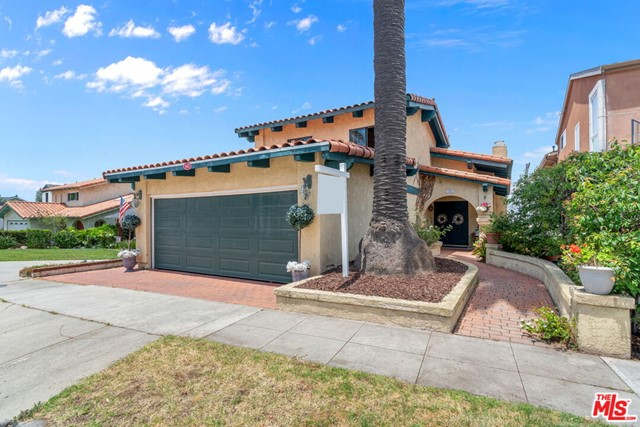 545 HELBERTA Avenue, Redondo Beach, California 90277, 4 Bedrooms Bedrooms, ,4 BathroomsBathrooms,For Sale,HELBERTA,20593714