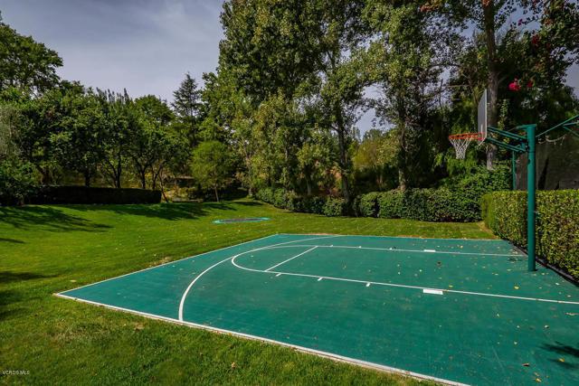 997 Brook Meadow Court Westlake Village, CA 91362