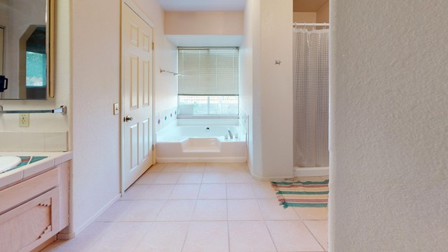 70138-Sullivan-Rd-Bathroom