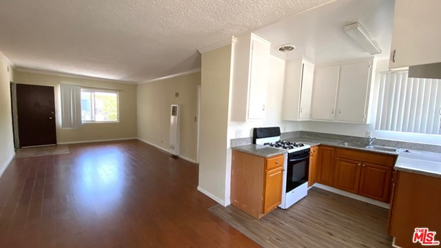 Photo of 443 S Wilton Place #1, Los Angeles, CA 90020