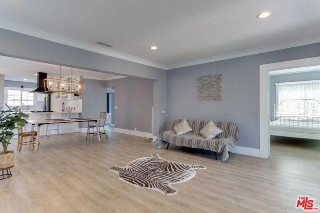 1763 W 43Rd St, Los Angeles, CA 90062