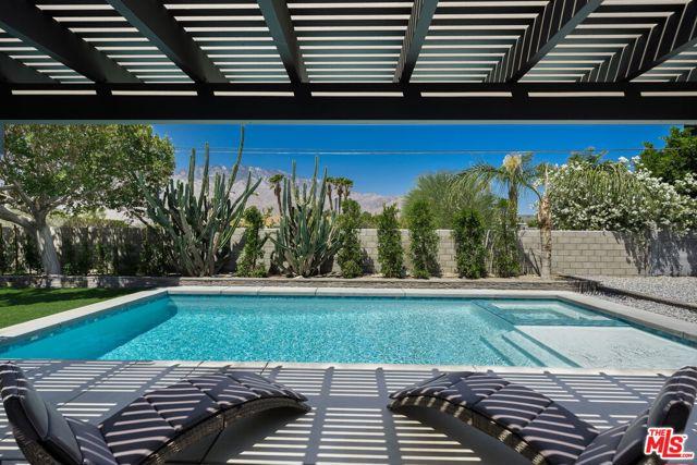 Image 15 of 1815 N Viminal Rd, Palm Springs, CA 92262