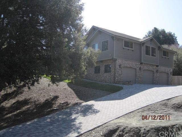 5240 Chaumont Drive, Wrightwood, CA 92397