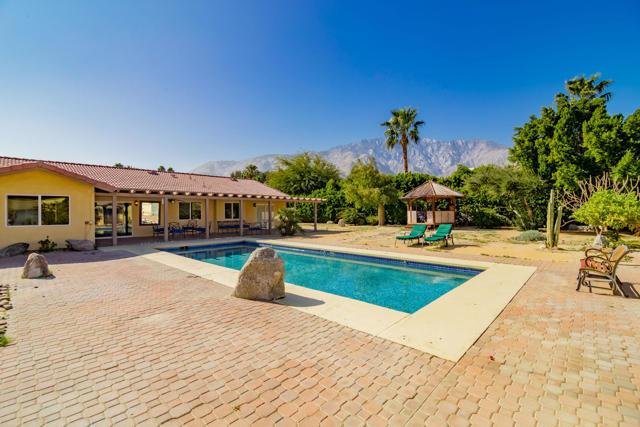 202 Santa Catalina Road, Palm Springs, CA 92262