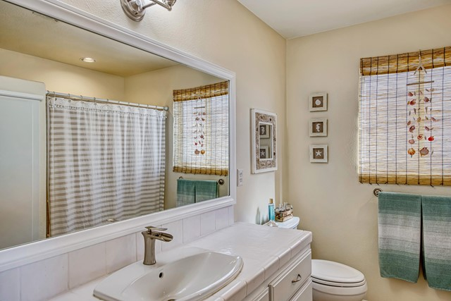 23. 8628 San Vicente Drive Yucca Valley, CA 92284