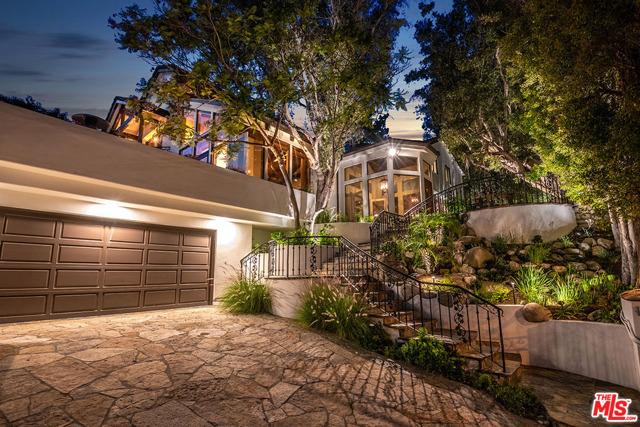 1743 WESTRIDGE Road, Los Angeles, CA 90049
