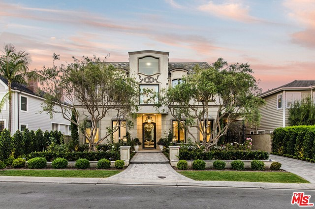530 Kings Road, Newport Beach, CA 92663