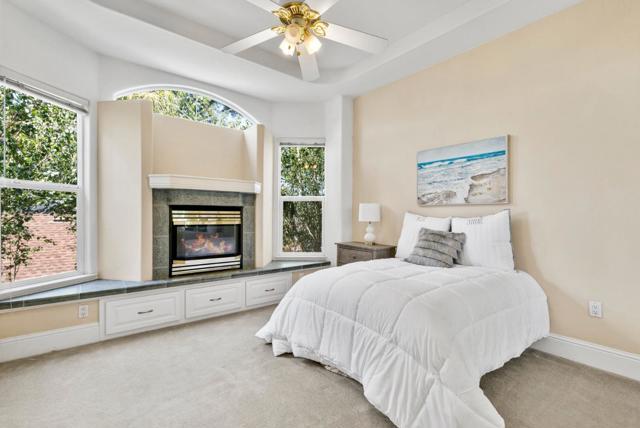 24. 233 Villa Mar Santa Cruz, CA 95060