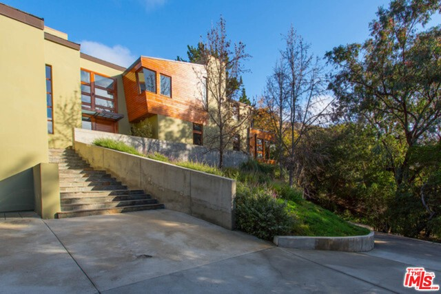 2244 MANDEVILLE CANYON Road, Los Angeles, CA 90049