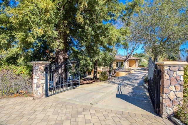 100 Reservoir Road, Los Gatos, CA 95030