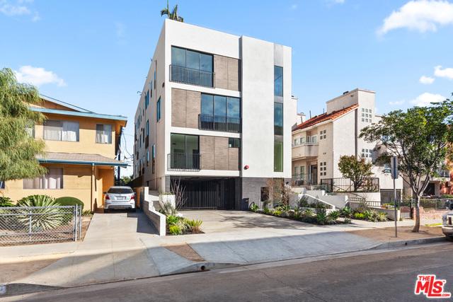 2432 PENMAR Avenue, Venice, CA 90291