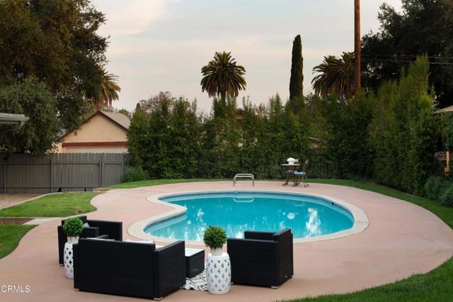 25. 1760 Loma Vista Street Pasadena, CA 91104