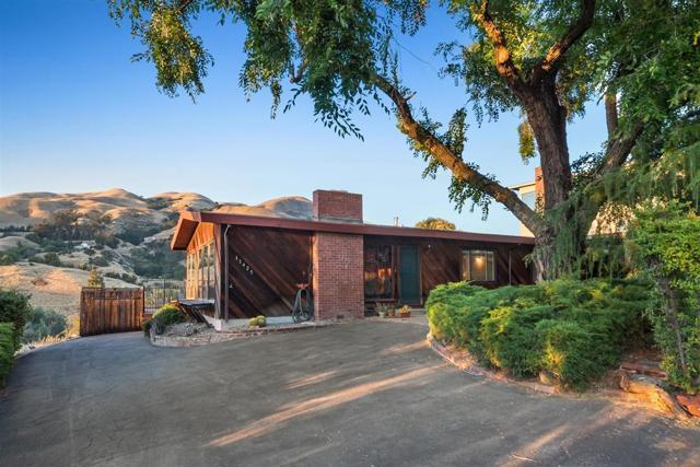 11425 Enchanto Vista Drive, San Jose, CA 95127