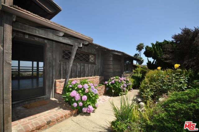 224 Quadro Vecchio Dr, Pacific Palisades, CA 90272