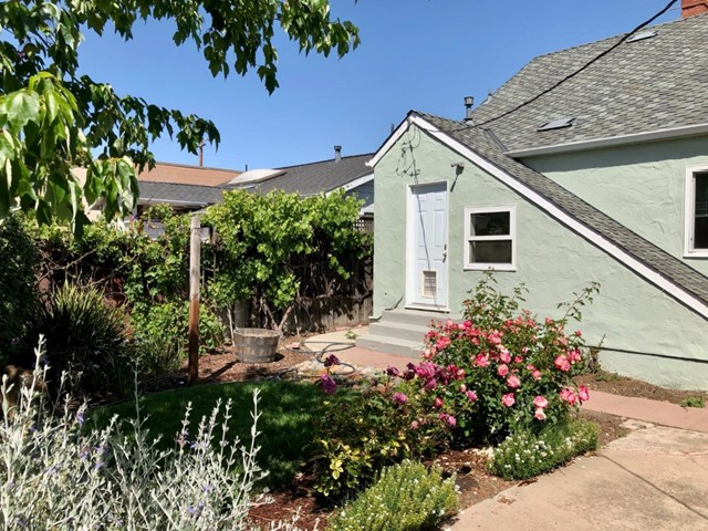 31. 135 Pastoria Avenue Sunnyvale, CA 94086