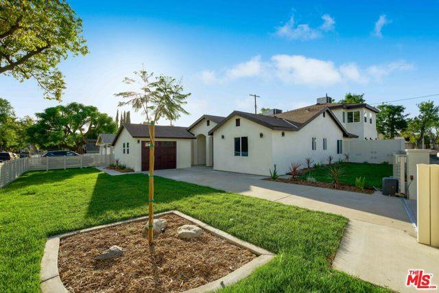 7. 17501 Arminta Street Northridge, CA 91325